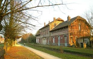 Gare de Fresnes et cavalier Somain-Peruwelz - Fresnes-sur-Escaut