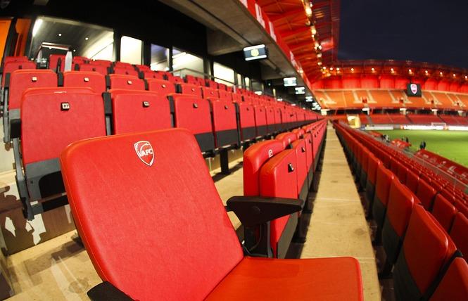 Stade du Hainaut 4 - Valenciennes